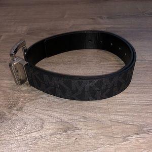 Michael Kors Reversible Belt Medium